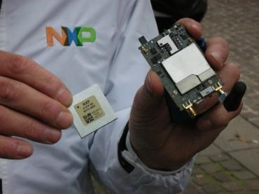 La plate-forme ATOP de NXP permet l'implémentation du service eCall, notamment, de manière miniaturisé dans les véhicules.