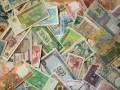 Argent, dollar, euro © Vladimir Wrangel - Fotolia.com