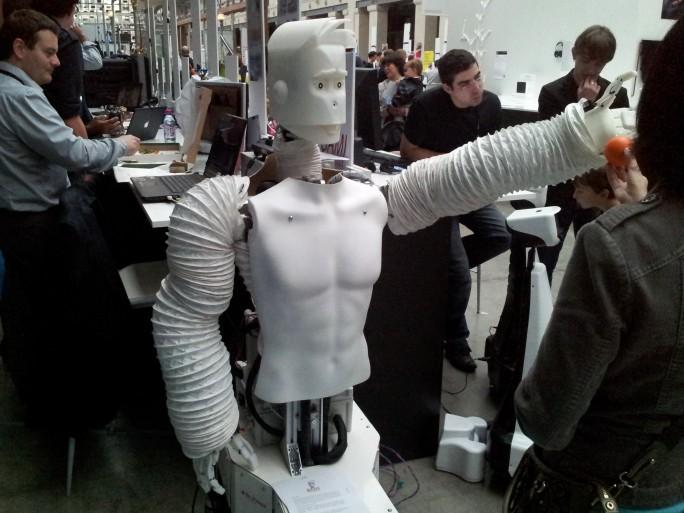 Futur en Seine 2012 - Robot © Silicon.fr
