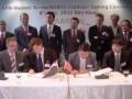 De gauche à droite : Jacob Groote, vice président KPN Mobile Operations, Marco Visser, vice-président senior KPN clients mobiles, Kevin Tao, président Huawei Europe de l'Ouest, Justin Chen, président des produits BSS Huawei.