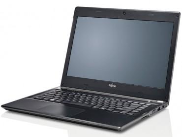Ultrabook Fujitsu UH572 - clavier et écran