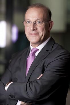 Jean-François Bureau DR Thierry Ozil-Eutelsat