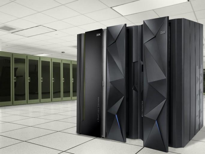 IBM zEnterprise EC12 © IBM