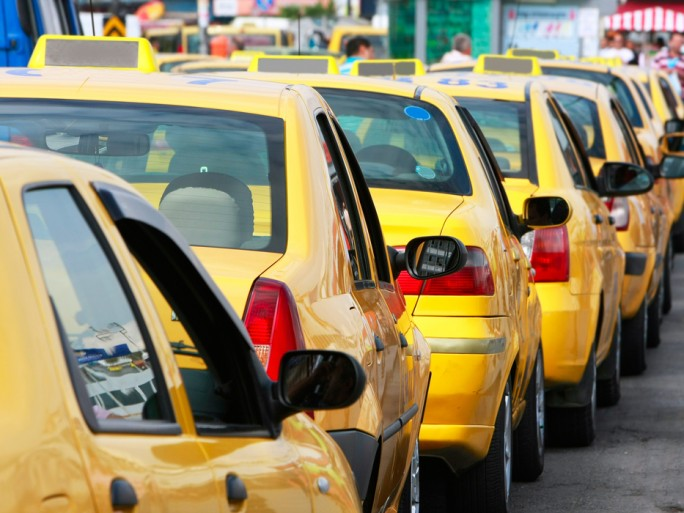 Automobile, smart cities, Xerox, recherche © Elena Yakusheva – Shutterstock