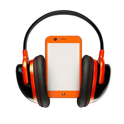 smartphone accessoire casque (crédit photo © caliber_3D - shutterstock)