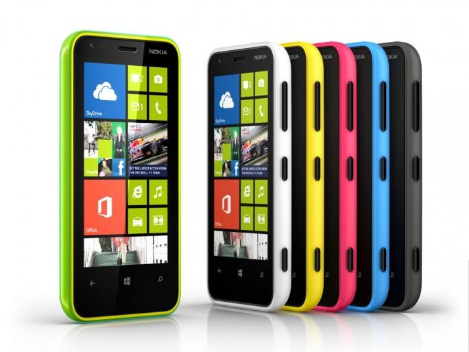 Nokia Lumia 620 (crédit photo © Nokia)