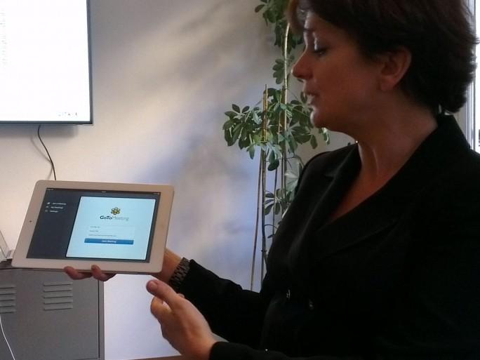 Sophie Vandriessche, responsable grands comptes EMEA de Citrix Online (photo Christophe Lagane)