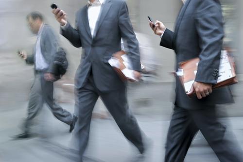 mobiles entreprises (crédit photo © SVLuma - shutterstock)