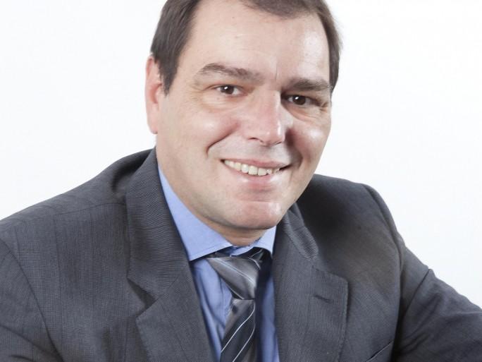 François Benhamou Novell