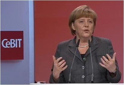 La chancelière Angela Merkel, ouvrant le CeBIT 2013 à Hanovre