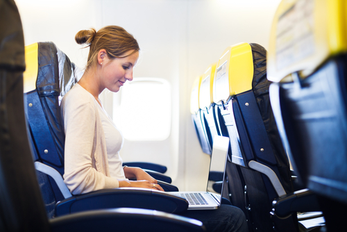 Internet avion vol (crédit photo © l i g h t p o e t - shutterstock)