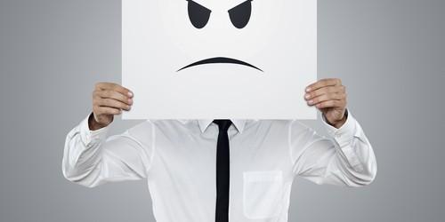 plainte mécontent (crédit photo © rangizzz - shutterstock)