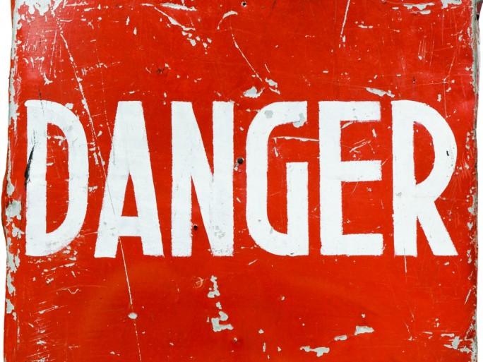 Danger © Sergieiev - Shutterstock