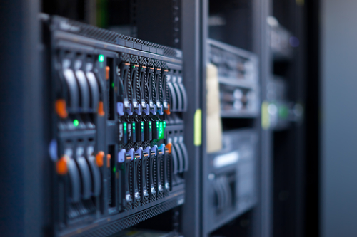 Data centre, servers © Dario Lo Presti Shutterstock 2012