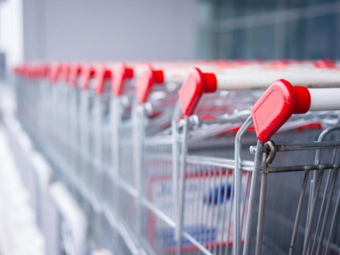 retail commerce grande surface caddies