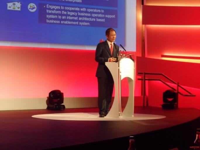 Eric Xu, CEO (pour 6 mois) de Huawei au Mobile Broadband Forum de Londres