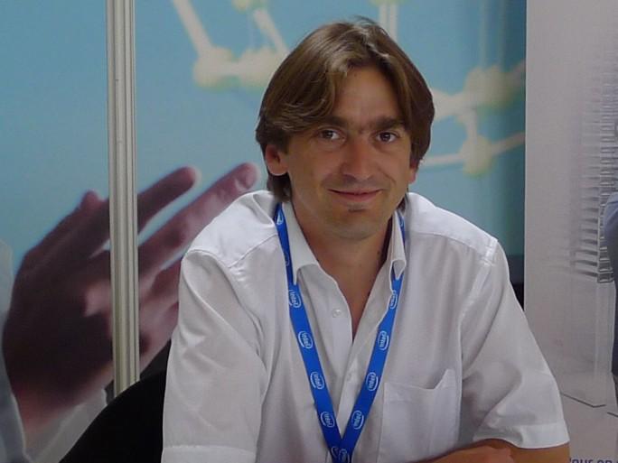 Marc Mendez, Dell