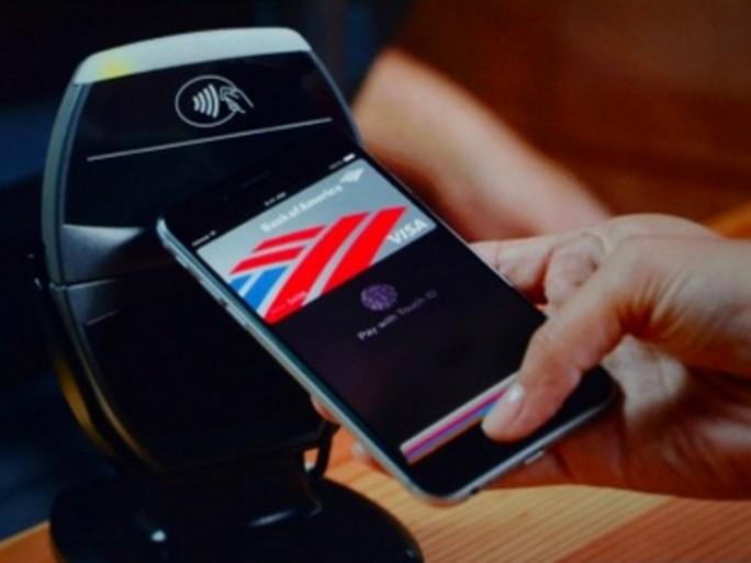 Présentation du service de paiement mobile Apple Pay lors de la conférence de lancement de l'iPhone 6
