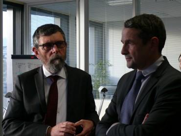 Jacques Marzin (Disic) et Thierry Mandon (secrétaire d'État à la Réforme de l'État et à la Simplification) © Silicon.fr