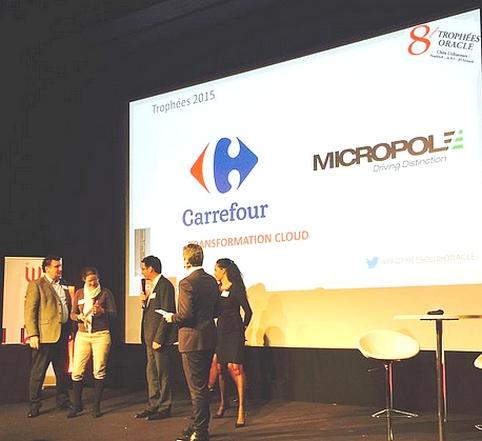 Remise du prix transformation Cloud à l'équipe Carrefour