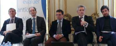de gauche à droite les participants à la table ronde de France Stratégie : Jacques Crémer (LSE), Edouard Marcus (DGFiP), Francis Bloch (Paris-I), Valère Moutalier (CE), Raffaele Russo (OCDE)