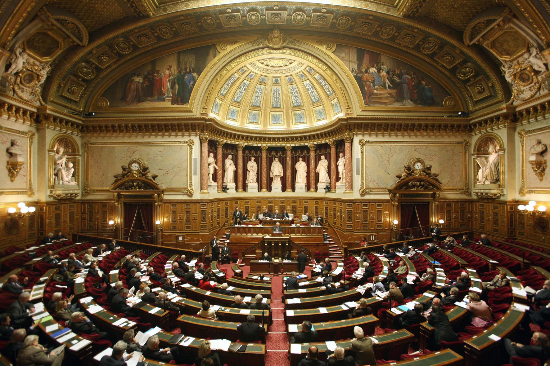 Recherche le s nat valide l amendement encadrant google for French interieur