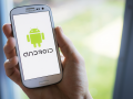 Android © Twin Design - shutterstock