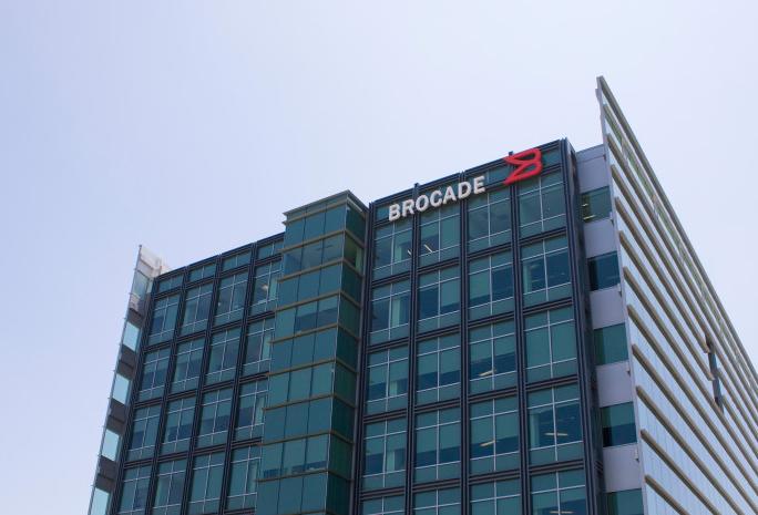 Broadcom rachète Brocade 5,5 Md$