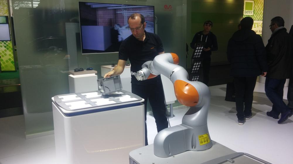 Huawei va développer des services de robotisation avec Kuka.