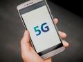 5G smartphone © Nikonaft - shutterstock