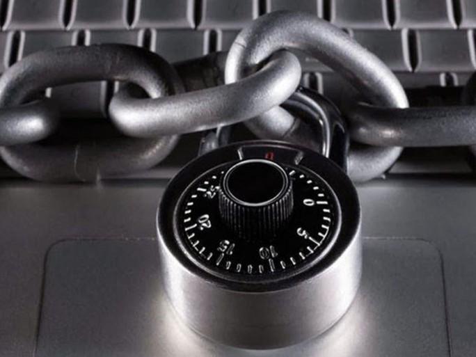 Nouvelles attaques du crypto-rançonneur Locky via Facebook et LinkedIn dans AC ! Brest ransomware-data-locky-684x513
