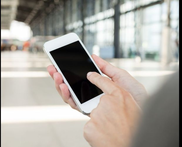 Smartphone : les ventes diminuent mais rapportent plus !