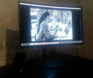 La puissance du Note 8 permet d'exécuter des applications gourmandes comme Lightroom sur l'écran d'un PC avec Dex.