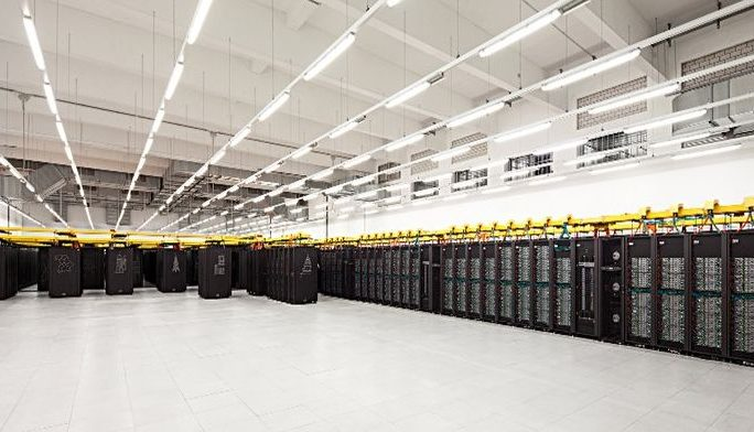 Leibniz-Supercomputing-Centre-SuperMUC