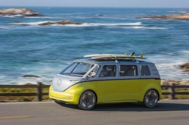 Volkswagen-ID-Buzz-driving