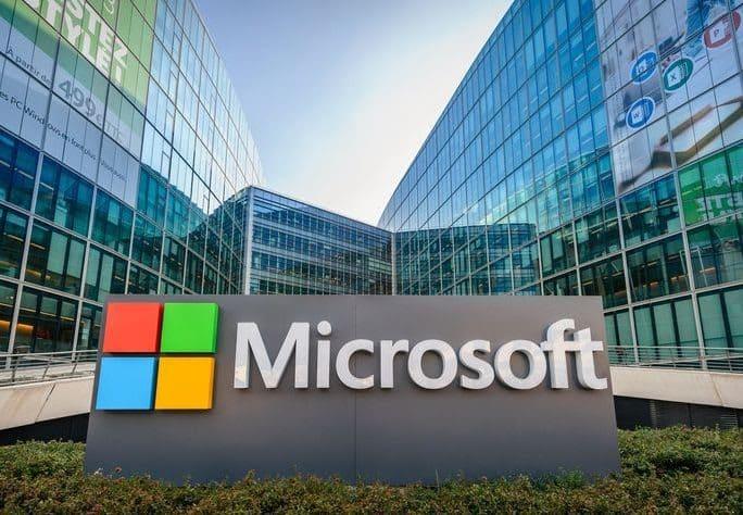 À Paris, Microsoft inaugure une école dédiée à l'Intelligence Artificielle