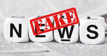 Fake news: l'UE met la pression sur Google, Facebook et Twitter