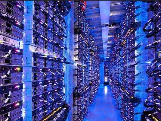 Cloud hybride : AWS Outposts bientôt lancé face à Azure Stack