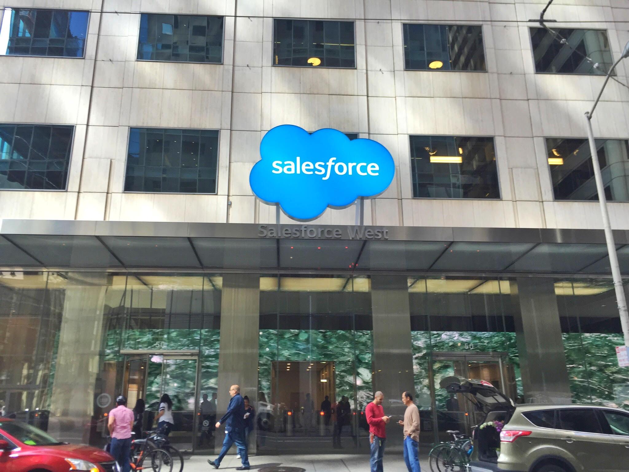 CRM : Salesforce décline son approche verticale