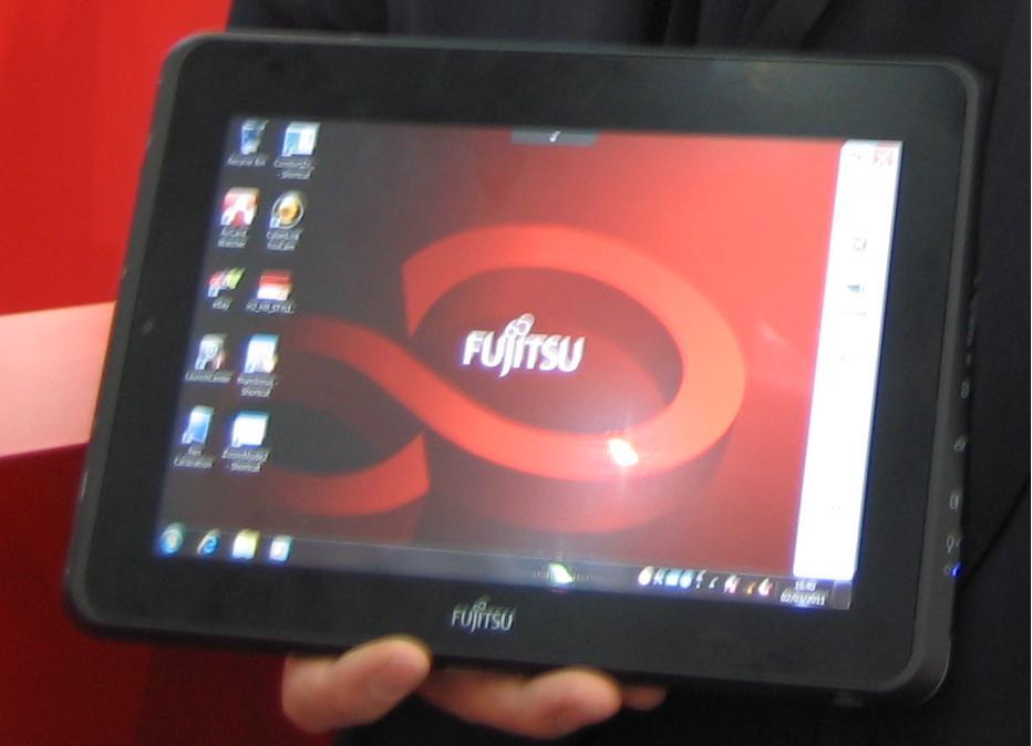 Tablette PC Fujitsu Stylistic Q550, au CeBIT 2011