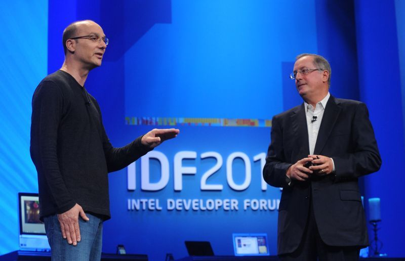 IDF 2011 Andy Rubin (Google Android) et Paul Otellini (Intel)