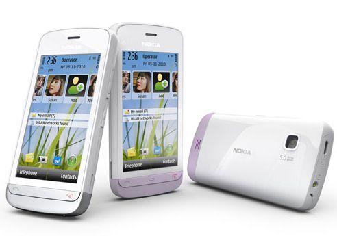 Le Nokia C503, un smartphone de milieu de gamme.
