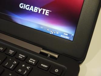 Gigabyte X11 : un ultrabook brillant